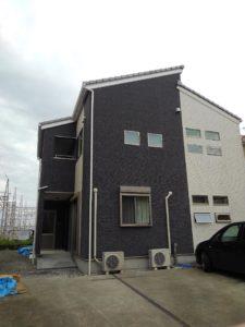 2世帯住宅の為の増築工事完成です。