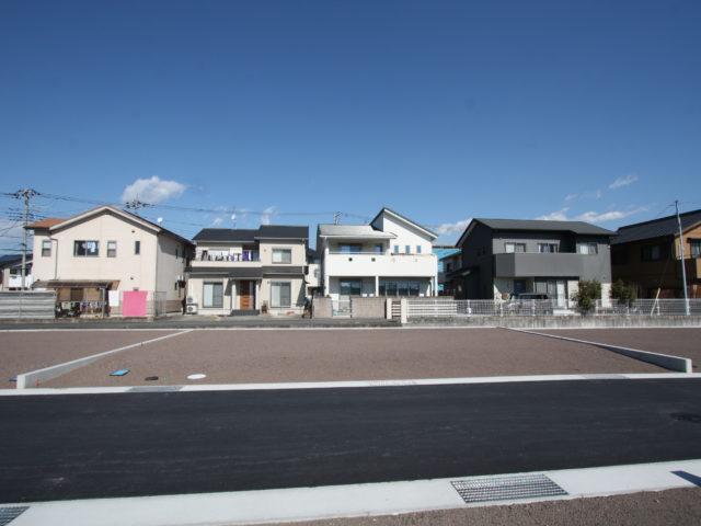 富士市松岡-開発行為分譲地・南面道路あと1区画-