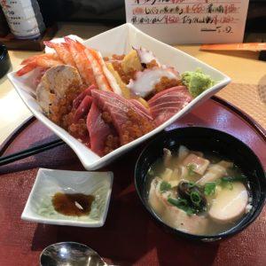 クオリティの高い海鮮丼